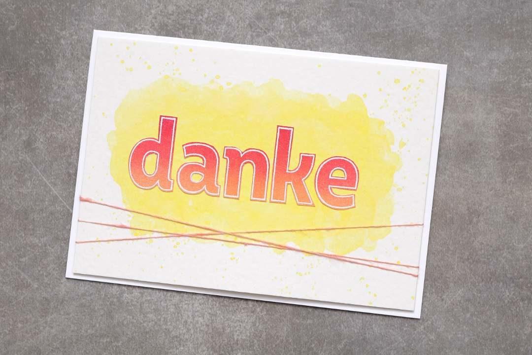 Dankeskarte mit lined alphabet 1