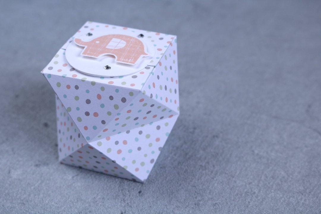 facettierte Geschenkschachtel mit Produkten von Stampin' Up! 1